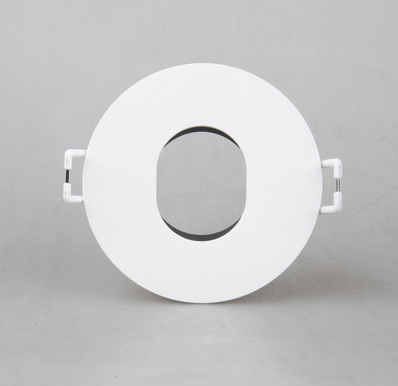 DGT Lighting mr16 connector design for household