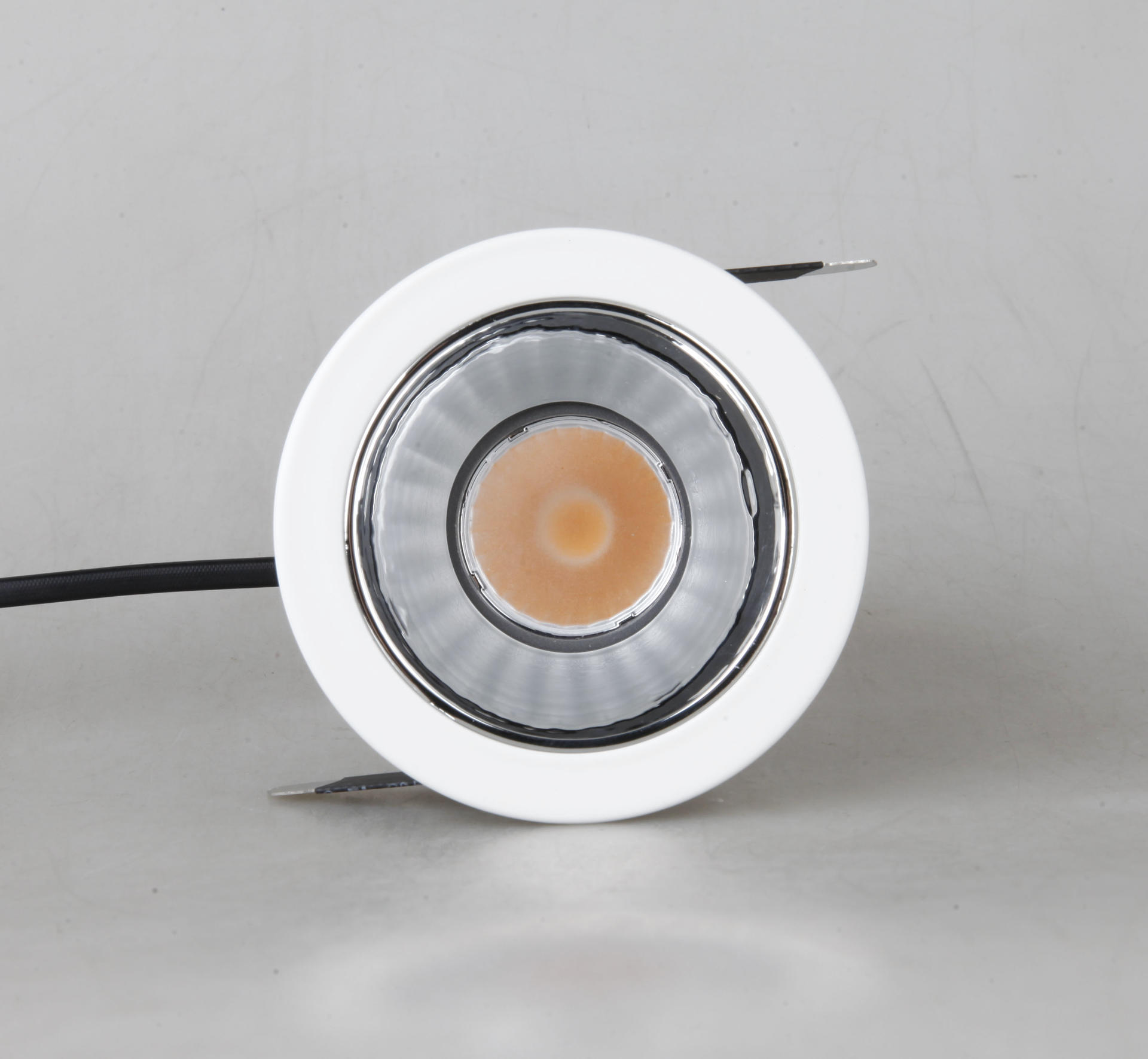 MQ-1884 fashionable LED spotlight 14W